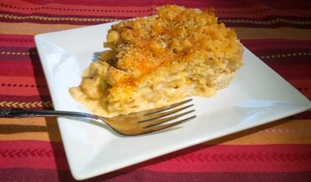 Macaroni, chicken and cheese casserole